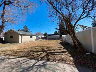 Photo 5: 13623 137 Street in Edmonton: Zone 01 House for sale : MLS®# E4238230