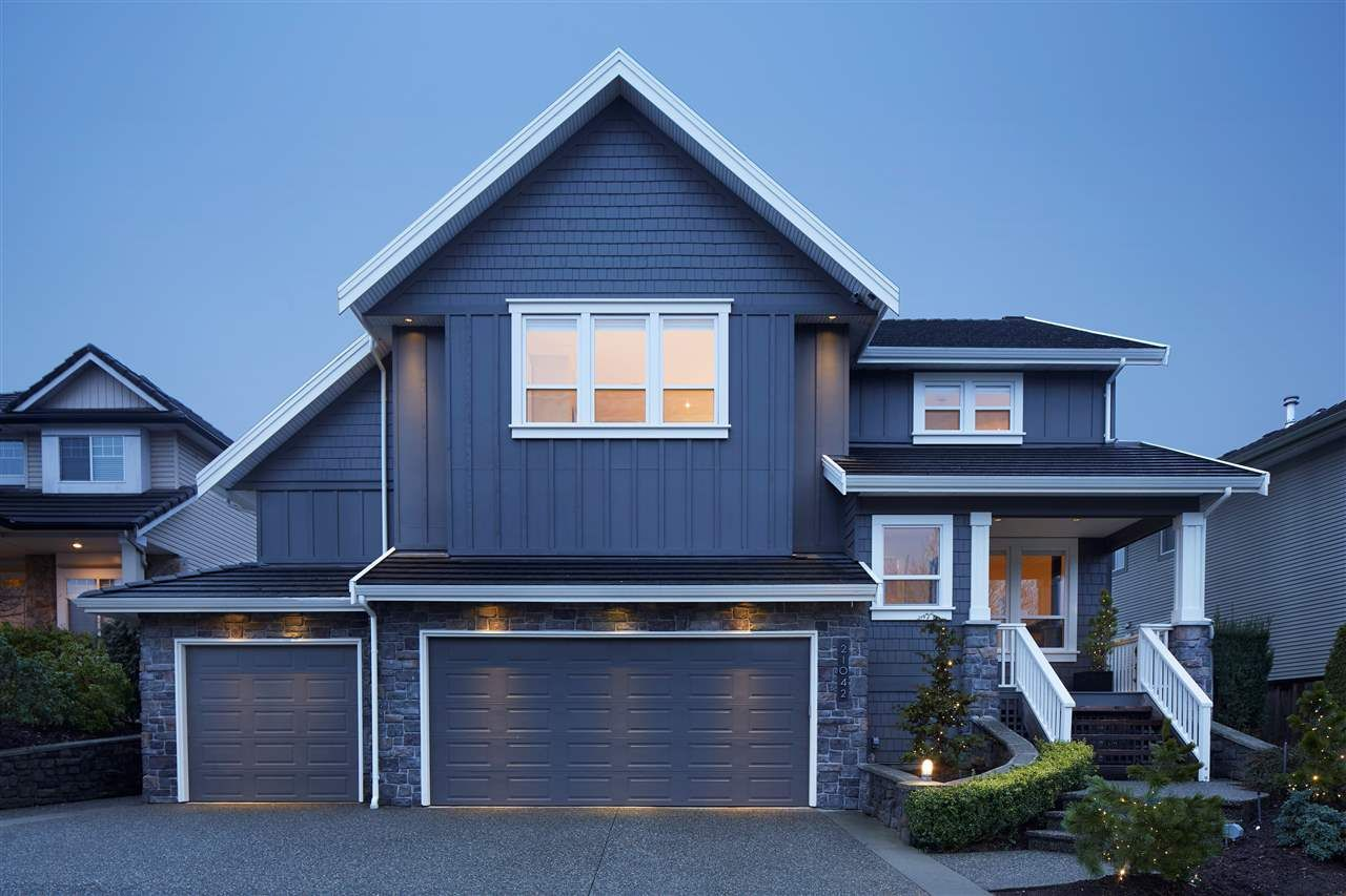 Main Photo: 21042 86 Avenue in Langley: Walnut Grove House for sale : MLS®# R2184815