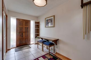 Photo 3: 2140 8 Avenue NE in Calgary: Mayland Heights Detached for sale : MLS®# A1115319