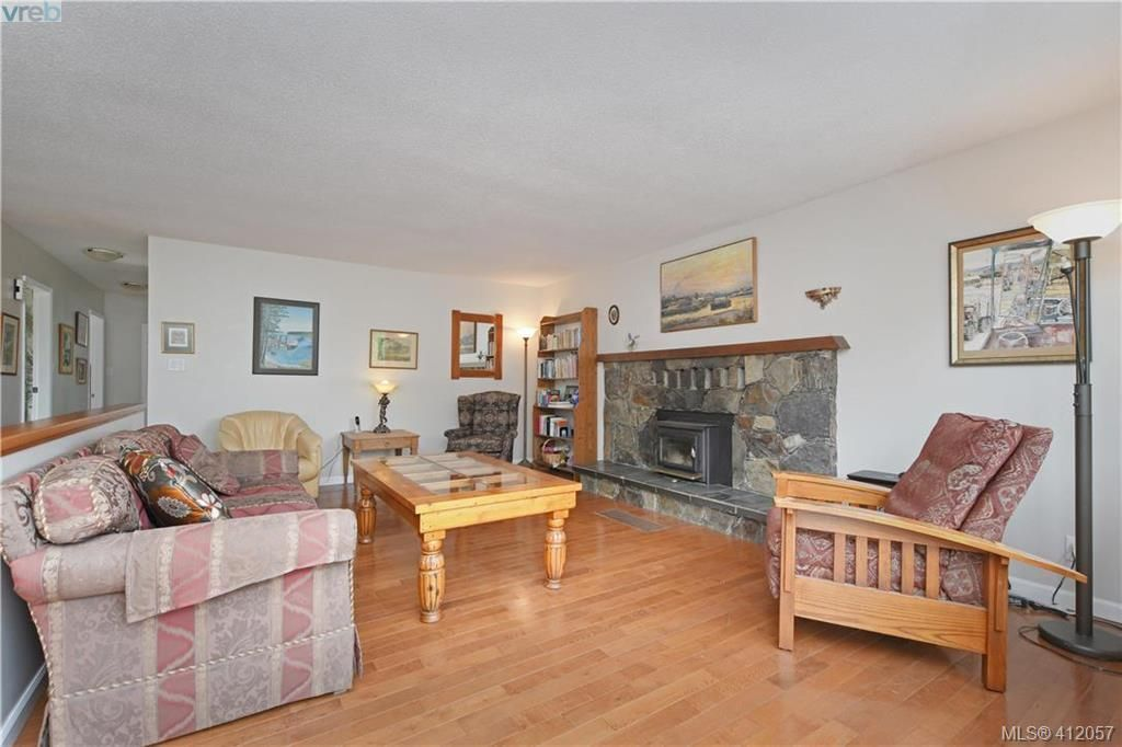Photo 5: Photos: 1610 Dufour Rd in SOOKE: Sk Whiffin Spit House for sale (Sooke)  : MLS®# 816983