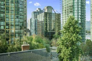 """Photo 14: 601 1288 W GEORGIA Street in Vancouver: West End VW Condo for sale in """"The Residences on Georgia"""" (Vancouver West)  : MLS®# R2495717"""
