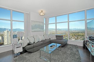 Photo 3: 3702 4880 BENNETT STREET in Burnaby: Metrotown Condo for sale (Burnaby South)  : MLS®# R2612075