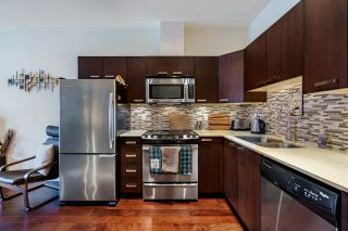 """Photo 4: 106 3382 VIEWMOUNT Drive in Port Moody: Port Moody Centre Townhouse for sale in """"LILLIUM VILAS"""" : MLS®# R2609444"""