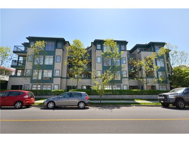 """Main Photo: 306 688 E 16TH Avenue in Vancouver: Fraser VE Condo for sale in """"VINTAGE EAST SIDE"""" (Vancouver East)  : MLS®# V950370"""