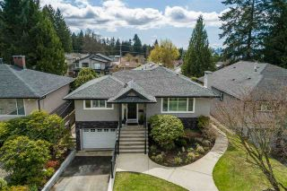Photo 3: 549 W 22ND Street in North Vancouver: Central Lonsdale House for sale : MLS®# R2566829