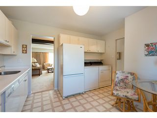 """Photo 8: 33 11551 KINGFISHER Drive in Richmond: Westwind Townhouse for sale in """"WEST CHELSEA/WESTWIND"""" : MLS®# V1044115"""