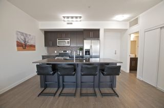 Photo 3: 408 11203 103A Avenue in Edmonton: Zone 12 Condo for sale : MLS®# E4261673