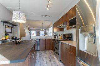 """Photo 10: 59 11067 BARNSTON VIEW Road in Pitt Meadows: South Meadows Townhouse for sale in """"COHO - OSPREY VILLAGE"""" : MLS®# R2545734"""
