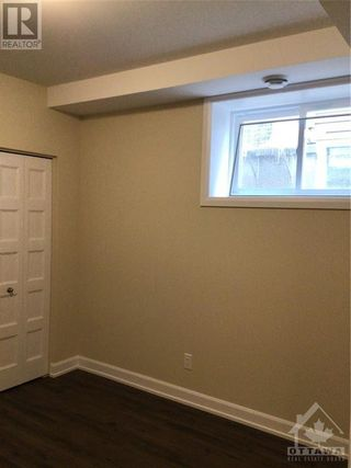 Photo 4: 736-B AZURE STREET in Russell: House for rent : MLS®# 1261332