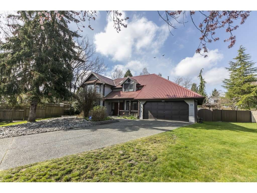 "Main Photo: 7549 150A Street in Surrey: East Newton House for sale in ""Chimney Hills"" : MLS®# R2561314"