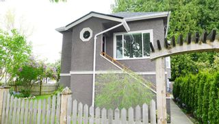 Photo 1: 843 EAST 45TH AVENUE in Vancouver: Home for sale