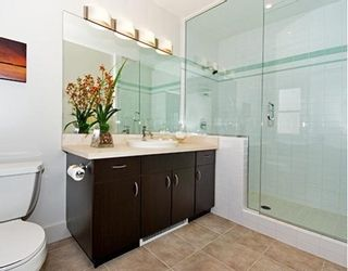 """Photo 6: 1423 W 11TH Avenue in Vancouver: Fairview VW Townhouse for sale in """"1425 W 11TH"""" (Vancouver West)  : MLS®# V667630"""