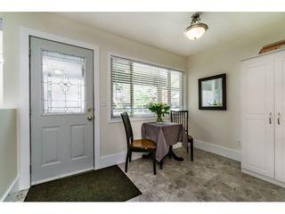 "Photo 3: 15740 MCBETH Road in Surrey: King George Corridor Townhouse for sale in ""ALDERWOOD"" (South Surrey White Rock)  : MLS®# R2110613"