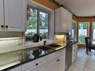 Photo 7: 1001 Windsor Dr in QUALICUM BEACH: PQ Qualicum Beach House for sale (Parksville/Qualicum)  : MLS®# 761787