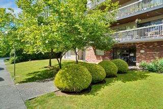 """Photo 30: 206 330 W 2ND Street in North Vancouver: Lower Lonsdale Condo for sale in """"LORRAINE PLACE"""" : MLS®# R2604160"""