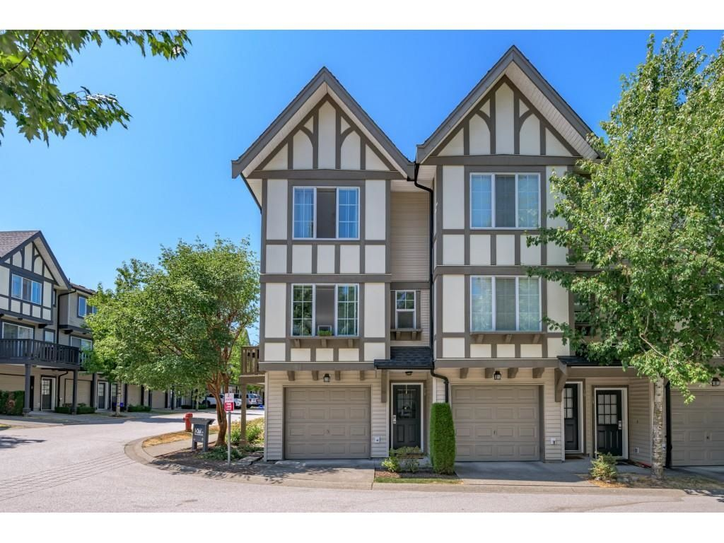 """Main Photo: 20 20875 80 Avenue in Langley: Willoughby Heights Townhouse for sale in """"Pepperwood"""" : MLS®# R2602287"""