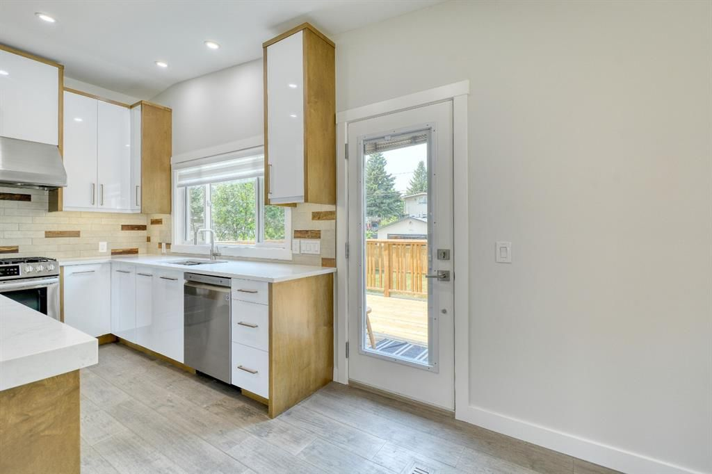 Photo 11: Photos: 12019 Canaveral Road SW in Calgary: Canyon Meadows Detached for sale : MLS®# A1126440