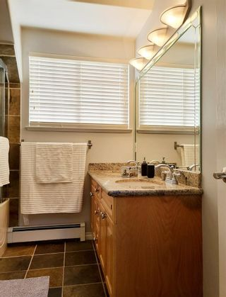 Photo 19: 2210 124 Street in Surrey: Crescent Bch Ocean Pk. House for sale (South Surrey White Rock)  : MLS®# R2583720
