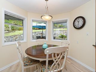 Photo 8: 3880 Mildred St in Saanich: SW Strawberry Vale House for sale (Saanich West)  : MLS®# 844822