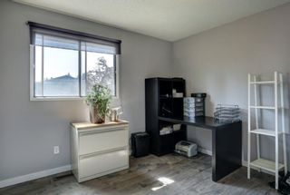 Photo 11: 131 Woodridge Place SW in Calgary: Woodlands Detached for sale : MLS®# A1142990