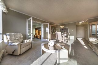 "Photo 3: 1504 121 TENTH Street in New Westminster: Uptown NW Condo for sale in ""VISTA ROYALE"" : MLS®# R2535573"