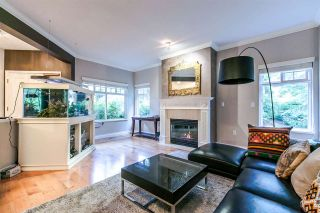 """Photo 8: 17 5201 OAKMOUNT Crescent in Burnaby: Oaklands Townhouse for sale in """"HARTLANDS"""" (Burnaby South)  : MLS®# R2099828"""