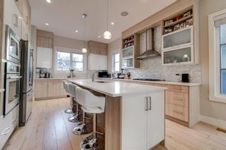 Photo 4: 2620 15A Street SW in Calgary: Bankview Semi Detached for sale : MLS®# A1070498