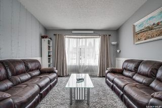 Photo 5: 367 Wakaw Crescent in Saskatoon: Lakeview SA Residential for sale : MLS®# SK850445