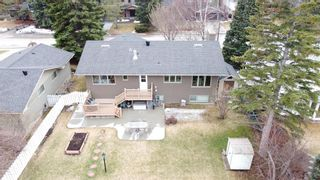 Photo 3: 6742 Leaside Drive SW in Calgary: Lakeview Detached for sale : MLS®# A1063976