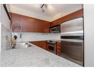 """Photo 4: 803 813 AGNES Street in New Westminster: Downtown NW Condo for sale in """"DOWNTOWN NW"""" : MLS®# V1101785"""
