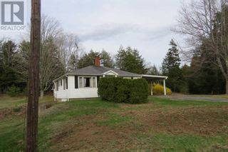 Photo 3: 1980 Highway 10 in West Northfield: House for sale : MLS®# 202110415