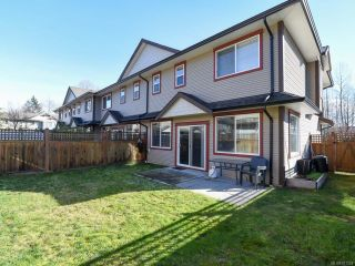 Photo 2: 13 2112 Cumberland Rd in COURTENAY: CV Courtenay City Row/Townhouse for sale (Comox Valley)  : MLS®# 831263