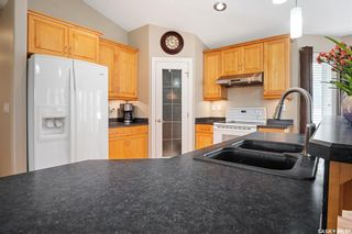 Photo 10: 230 Maguire Court in Saskatoon: Willowgrove Residential for sale : MLS®# SK873818