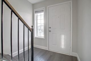 Photo 3: 29 Country Hills Rise NW in Calgary: Country Hills Row/Townhouse for sale : MLS®# A1149774