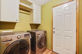 Photo 18: 38 SOMERSIDE Crescent SW in Calgary: Somerset House for sale : MLS®# C4142576