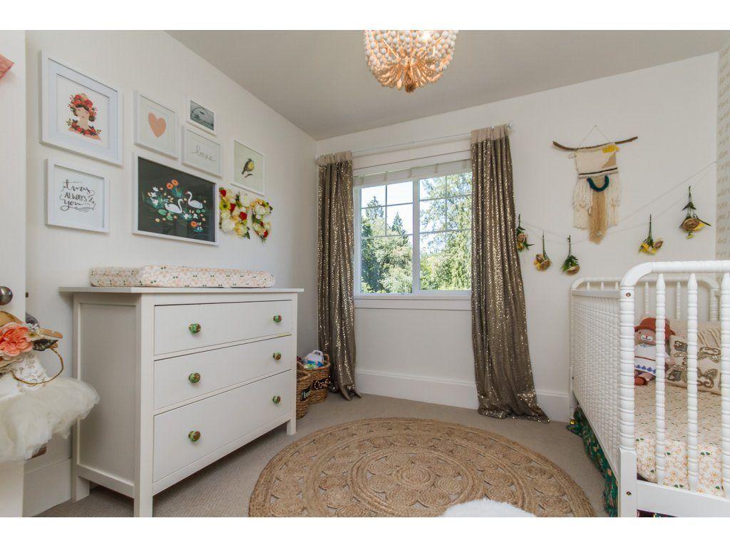 Photo 13: Photos: 4354 BLAUSON Boulevard in Abbotsford: Abbotsford East House for sale : MLS®# R2096025