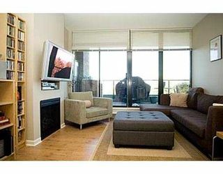 """Photo 1: 907 6833 STATION HILL DR in Burnaby: South Slope Condo for sale in """"VILLA JARDIN"""" (Burnaby South)  : MLS®# V574947"""