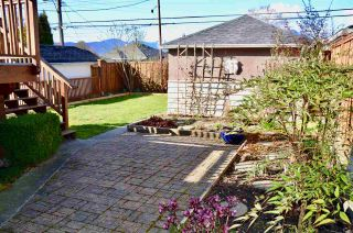 Photo 18: 2625 WILLIAM Street in Vancouver: Renfrew VE House for sale (Vancouver East)  : MLS®# R2354024
