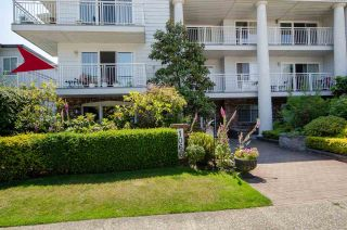 "Photo 2: 204 1066 W 13TH Avenue in Vancouver: Fairview VW Condo for sale in ""LANDMARK VILLA"" (Vancouver West)  : MLS®# R2470925"