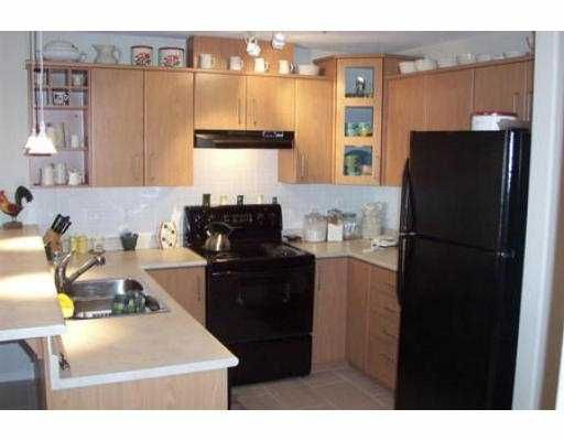 """Photo 2: Photos: 105 3148 ST JOHNS ST in Port Moody: Port Moody Centre Condo for sale in """"SONRISA"""" : MLS®# V542735"""
