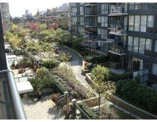 Photo 9: # 405 1450 W 6TH AV in Vancouver: Condo for sale : MLS®# V822935