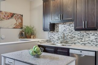 Photo 12: 724 20 Avenue NW in Calgary: Mount Pleasant Detached for sale : MLS®# A1064145