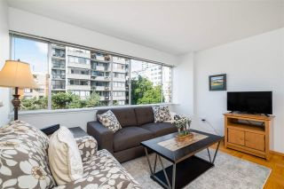 "Photo 5: 403 1050 CHILCO Street in Vancouver: West End VW Condo for sale in ""THE SAFARI"" (Vancouver West)  : MLS®# R2540276"