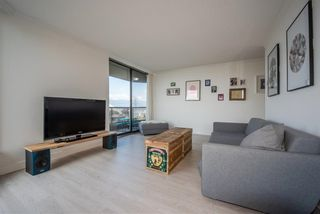 """Photo 3: 1404 3760 ALBERT Street in Burnaby: Vancouver Heights Condo for sale in """"Boundary View"""" (Burnaby North)  : MLS®# R2263655"""