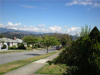 Photo 9: 3006 E 2ND AV in Vancouver: Renfrew VE House for sale (Vancouver East)  : MLS®# V877852