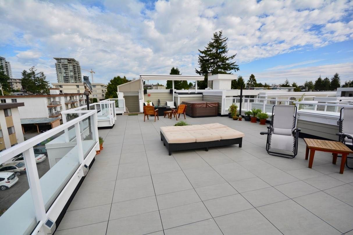 Main Photo: 4 1321 FIR STREET in : White Rock Townhouse for sale : MLS®# R2229581