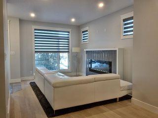 Photo 2:  in Edmonton: Zone 18 House for sale : MLS®# E4225600