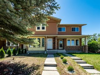 Photo 1: 170 Midbend Place SE in Calgary: Midnapore Row/Townhouse for sale : MLS®# A1120746