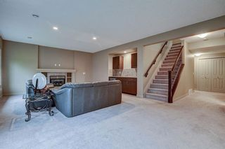 Photo 2: 925 ARMITAGE Court in Edmonton: Zone 56 House for sale : MLS®# E4247259