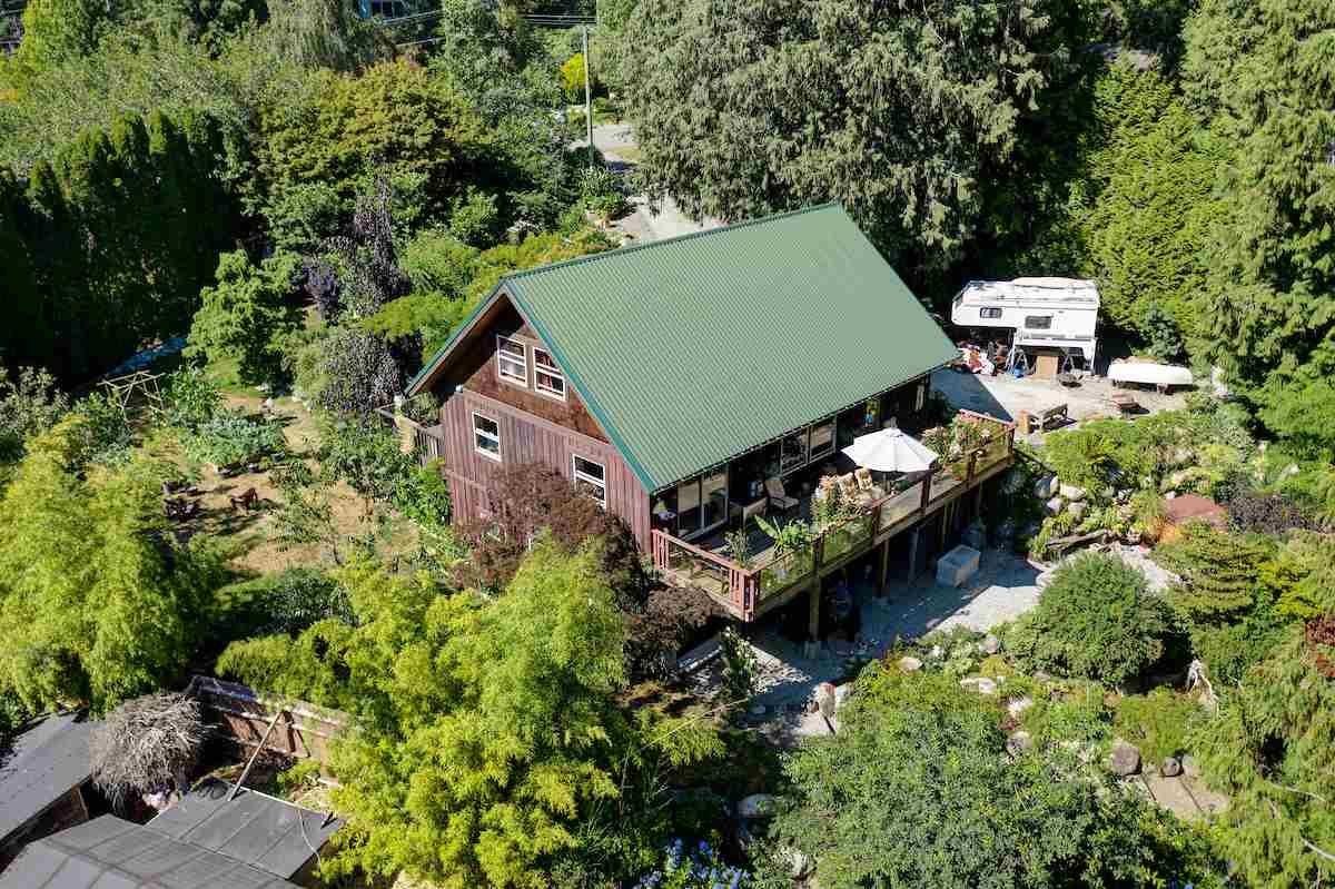 Photo 7: Photos: 2595 SYLVAN Drive: Roberts Creek House for sale (Sunshine Coast)  : MLS®# R2481642